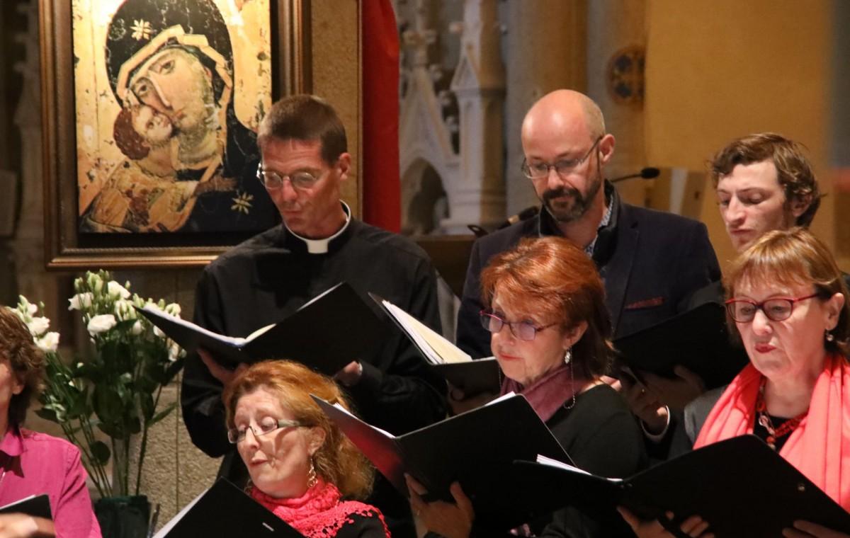 P. Arnauld, Miguel, Ambroise, Marie-Luce, Christine et Sylvie